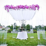 Great Gatsby Inspired Summer Wedding Featured On The Knot