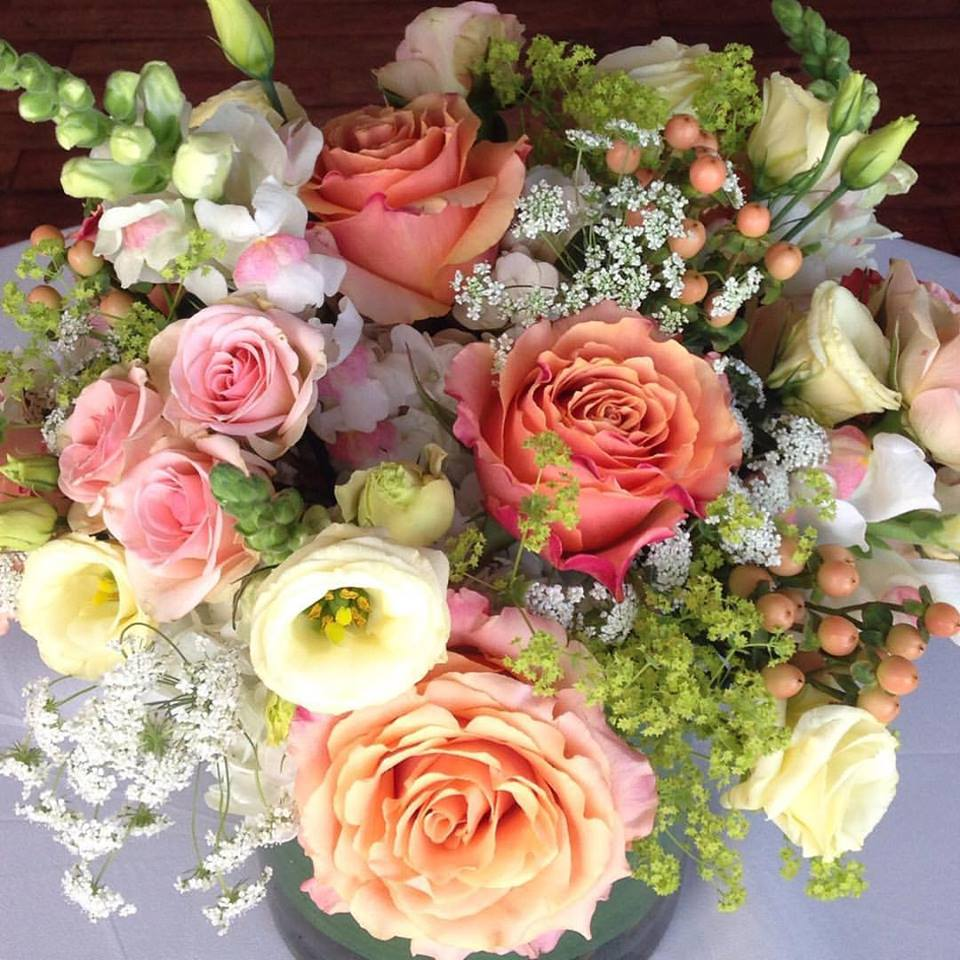 Summer Boston Wedding Flowers - The State Room - Jeri Solomon Floral ...